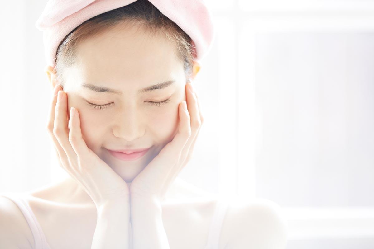 毛穴の開きの原因と解消方法、毛穴レスの肌へ